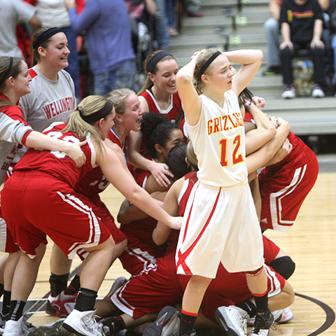 Wellington girls win on the last second in state tournament third place game.