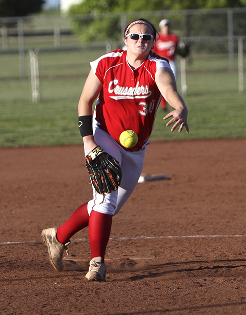 Brooke McCorkle pitches Wellington to victory in game two.