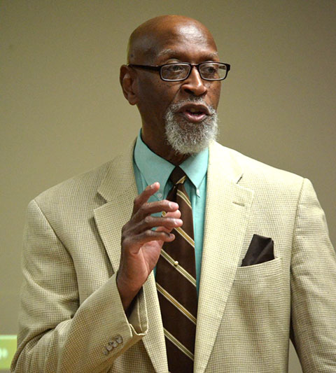 Dr. Galyn Vesey speaks at Sumner County Historical Society Monday.