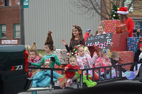 christmas-parade-2016